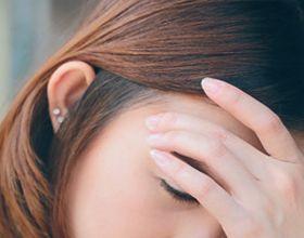 Що робити, якщо виникла головний біль перед пологами?