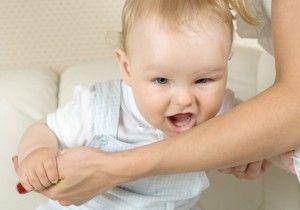 Як відучити дитину кусатися