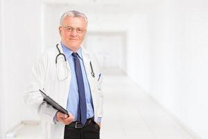 Які аналізи призначаються чоловікам при підозрі на простатит