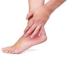 Набряки ніг в щиколотках