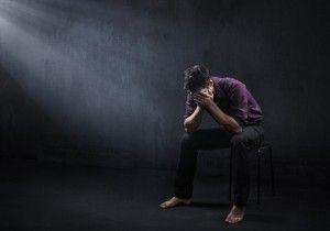 Ознаки суїциду: як їх визначити у навколишніх